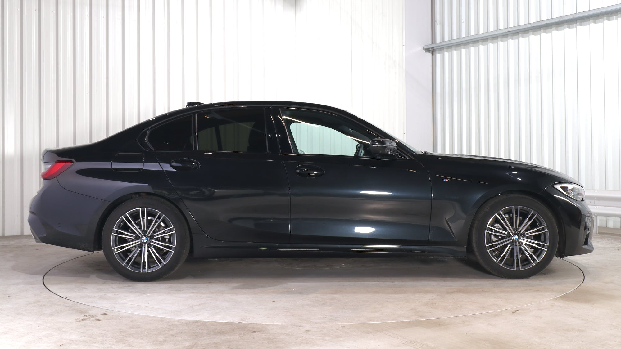 BMW 3 (G20) leasing exterior 8