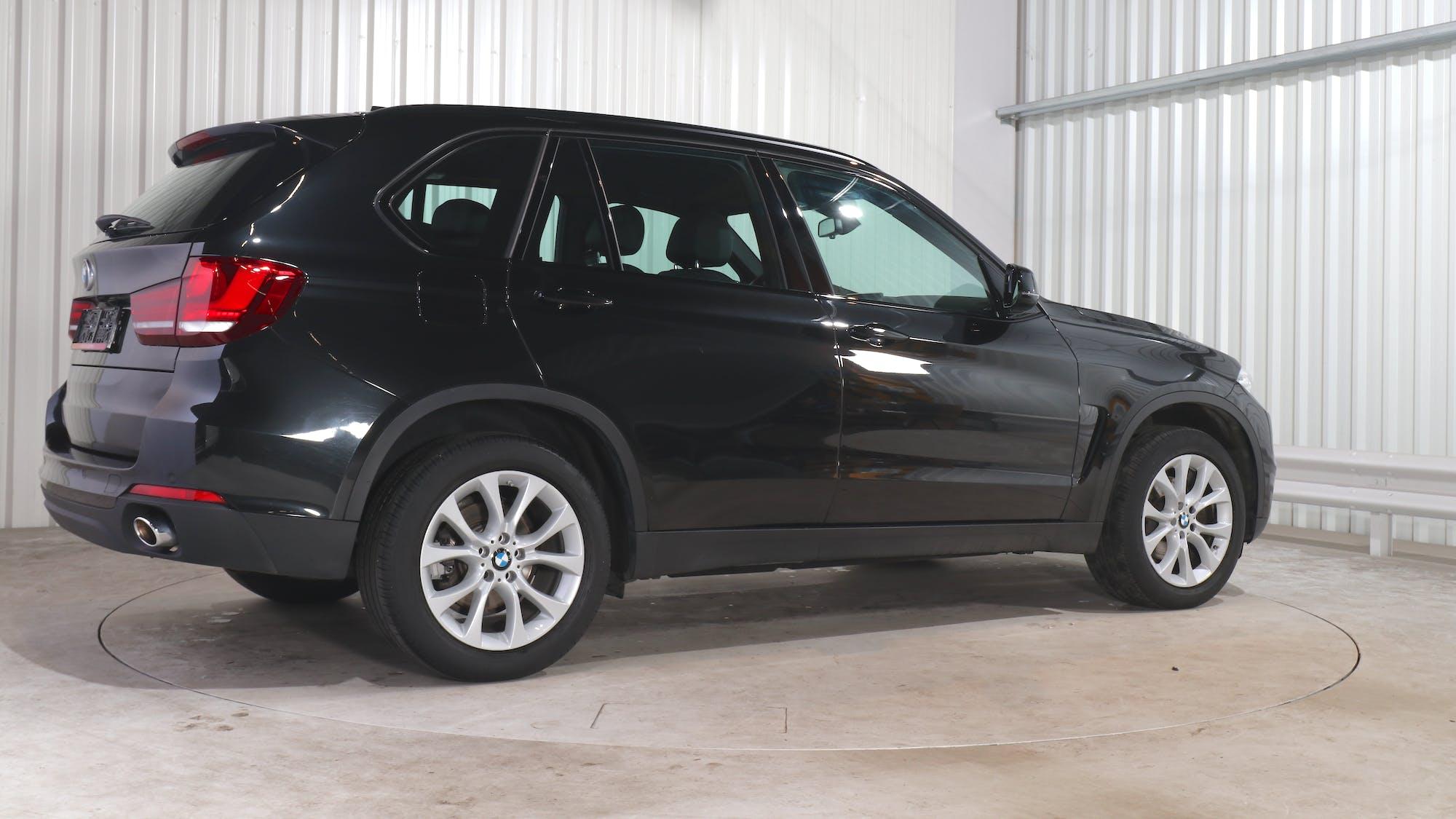 BMW X5 leasing exterior 7