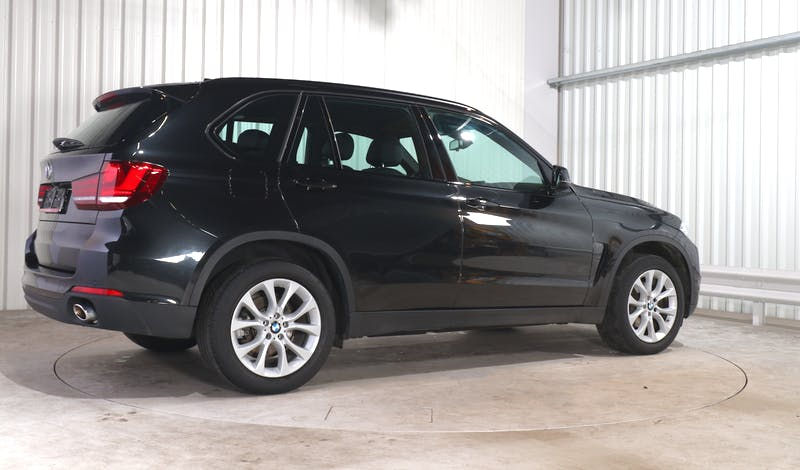 lease BMW X5 EXTERIOR_090