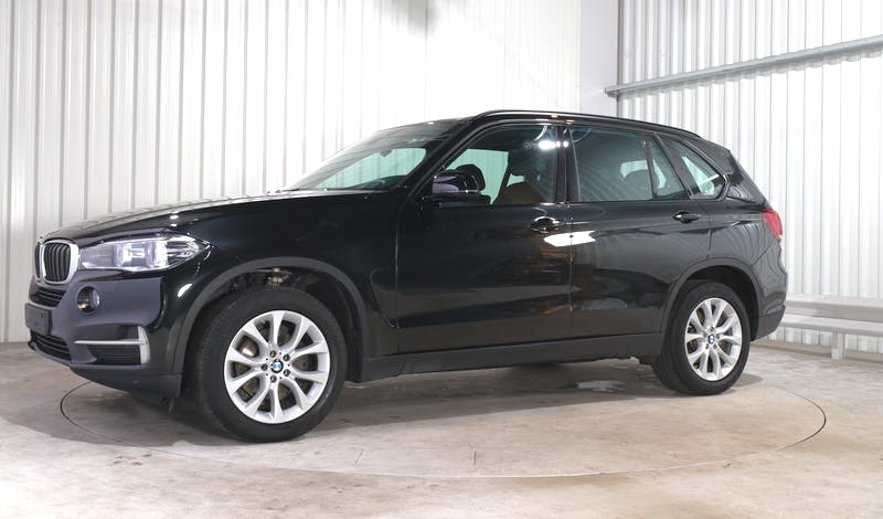 lease BMW X5 EXTERIOR_270