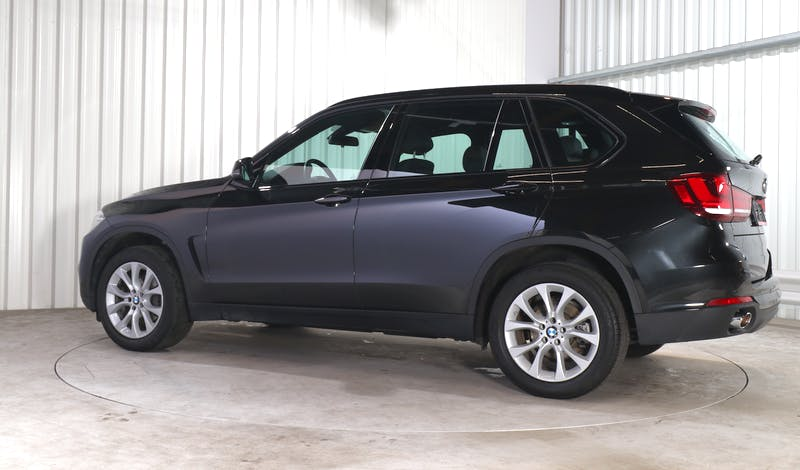 lease BMW X5 EXTERIOR_330