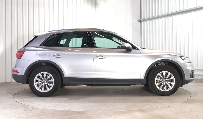 lease AUDI Q5 EXTERIOR_120