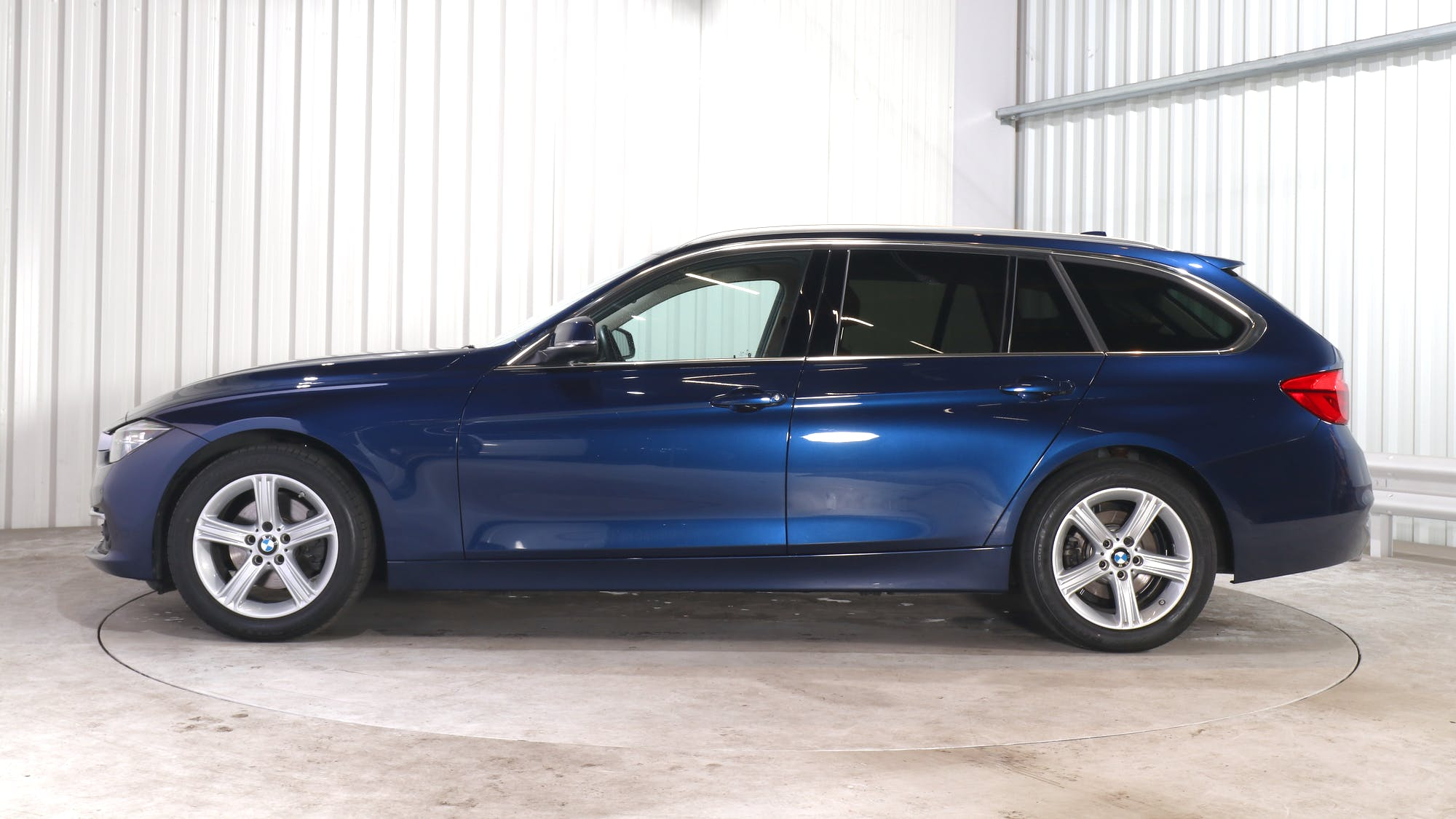 BMW 3 leasing exterior 2