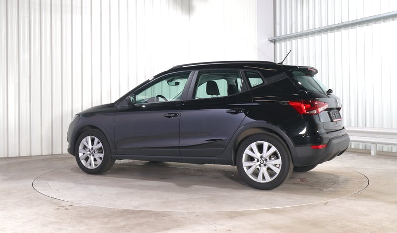 lease SEAT ARONA EXTERIOR_330