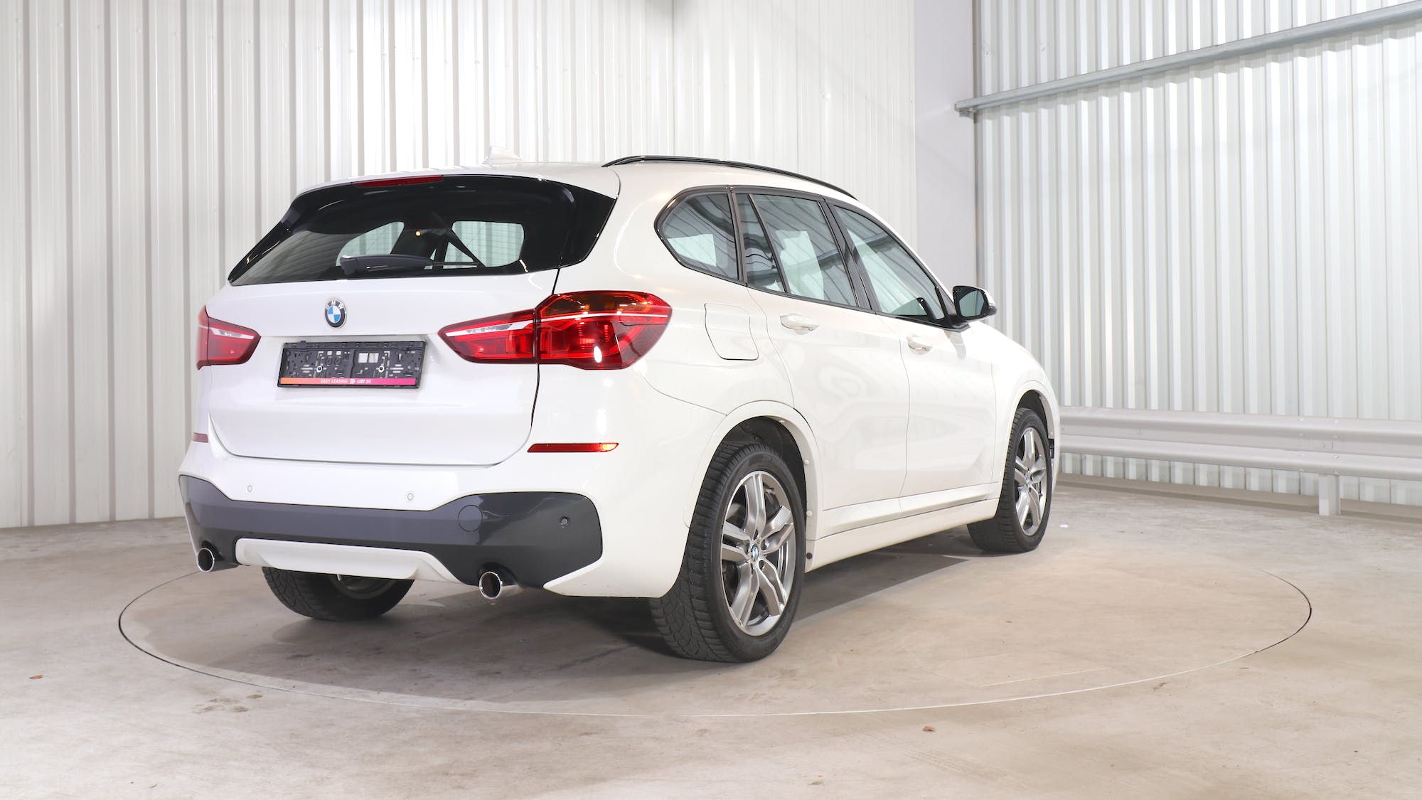 BMW X1 leasing exterior 6