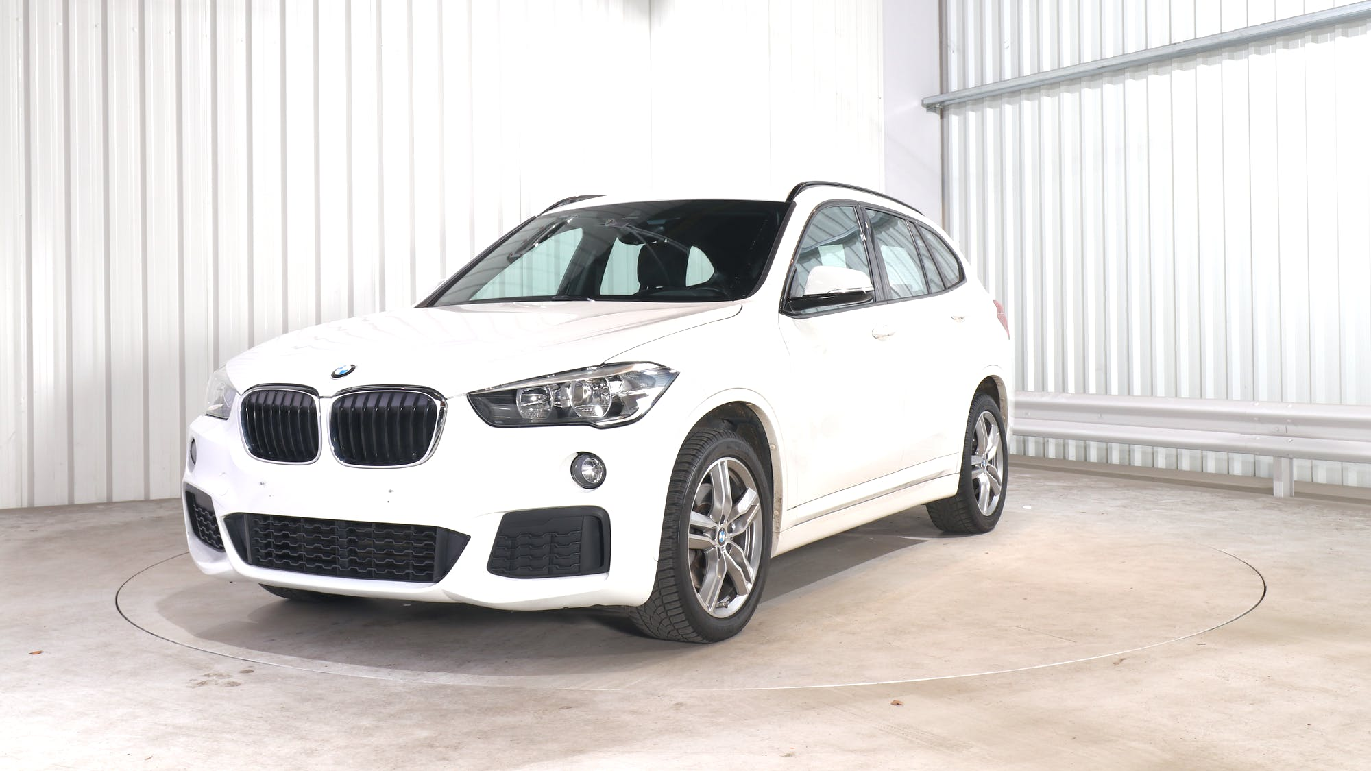 BMW X1 leasing exterior 0