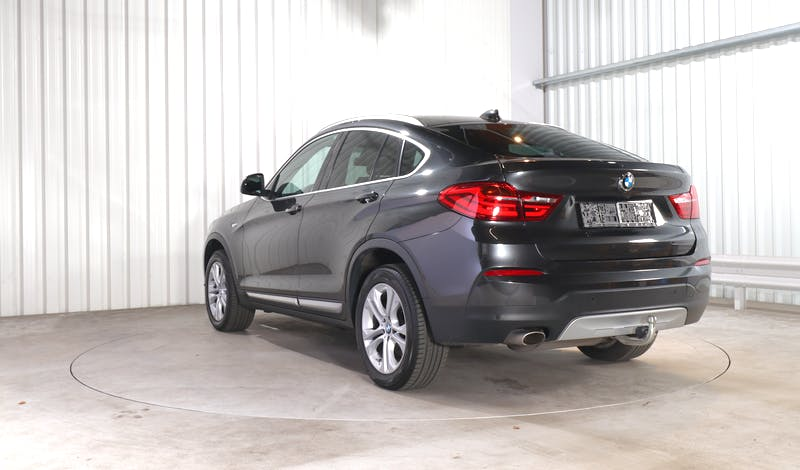 lease BMW X4 EXTERIOR_000