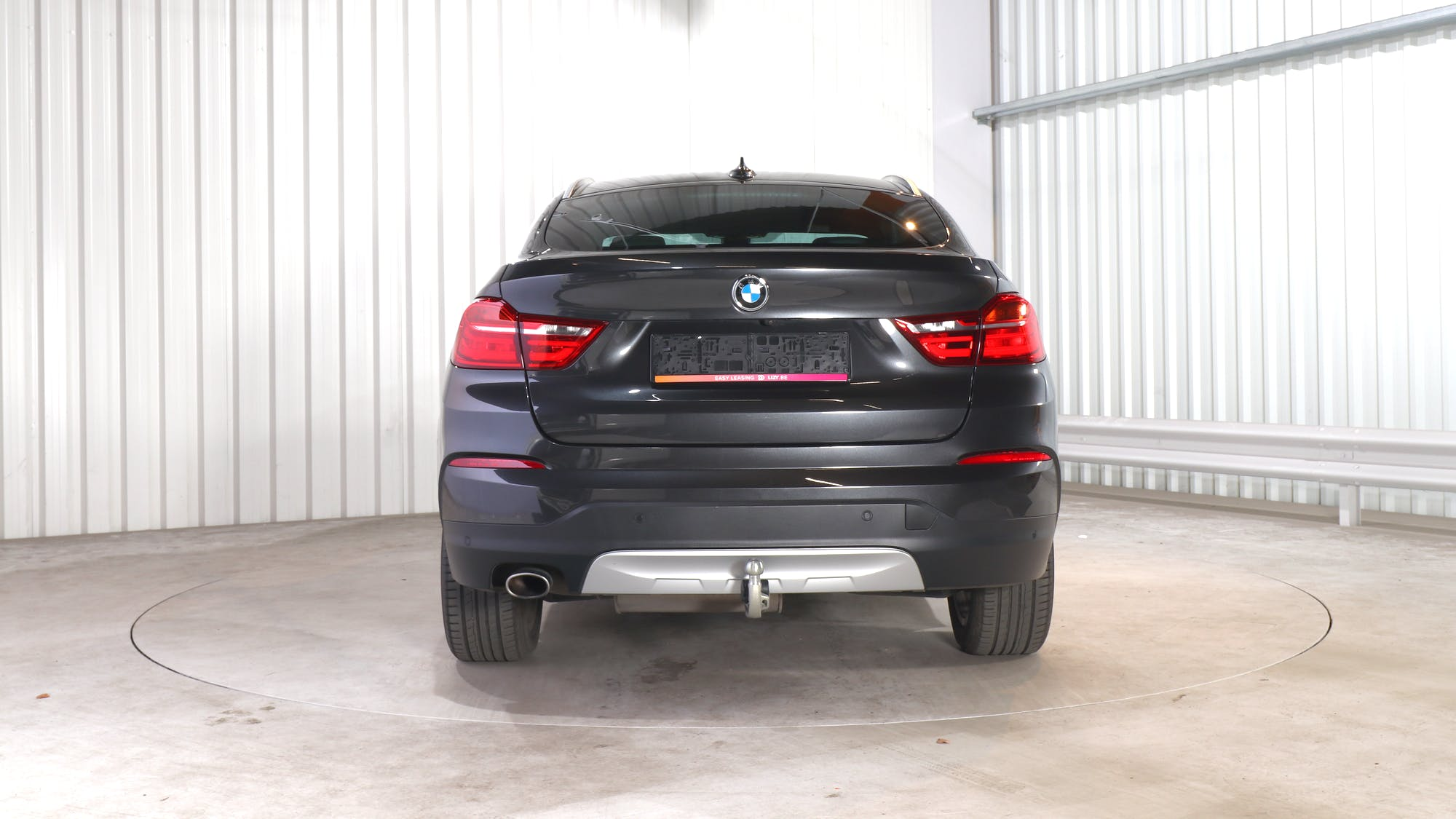 BMW X4 leasing exterior 5