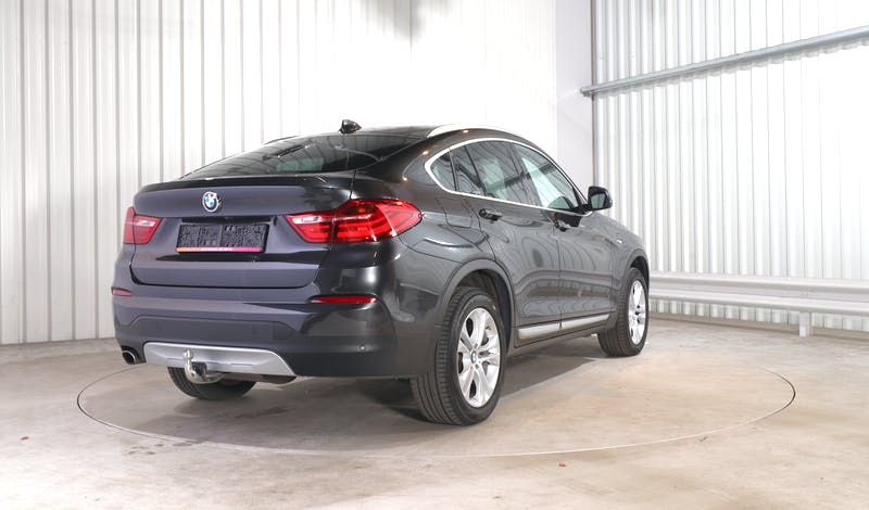 lease BMW X4 EXTERIOR_060