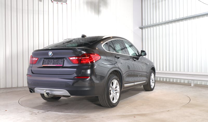 lease BMW X4 EXTERIOR_060