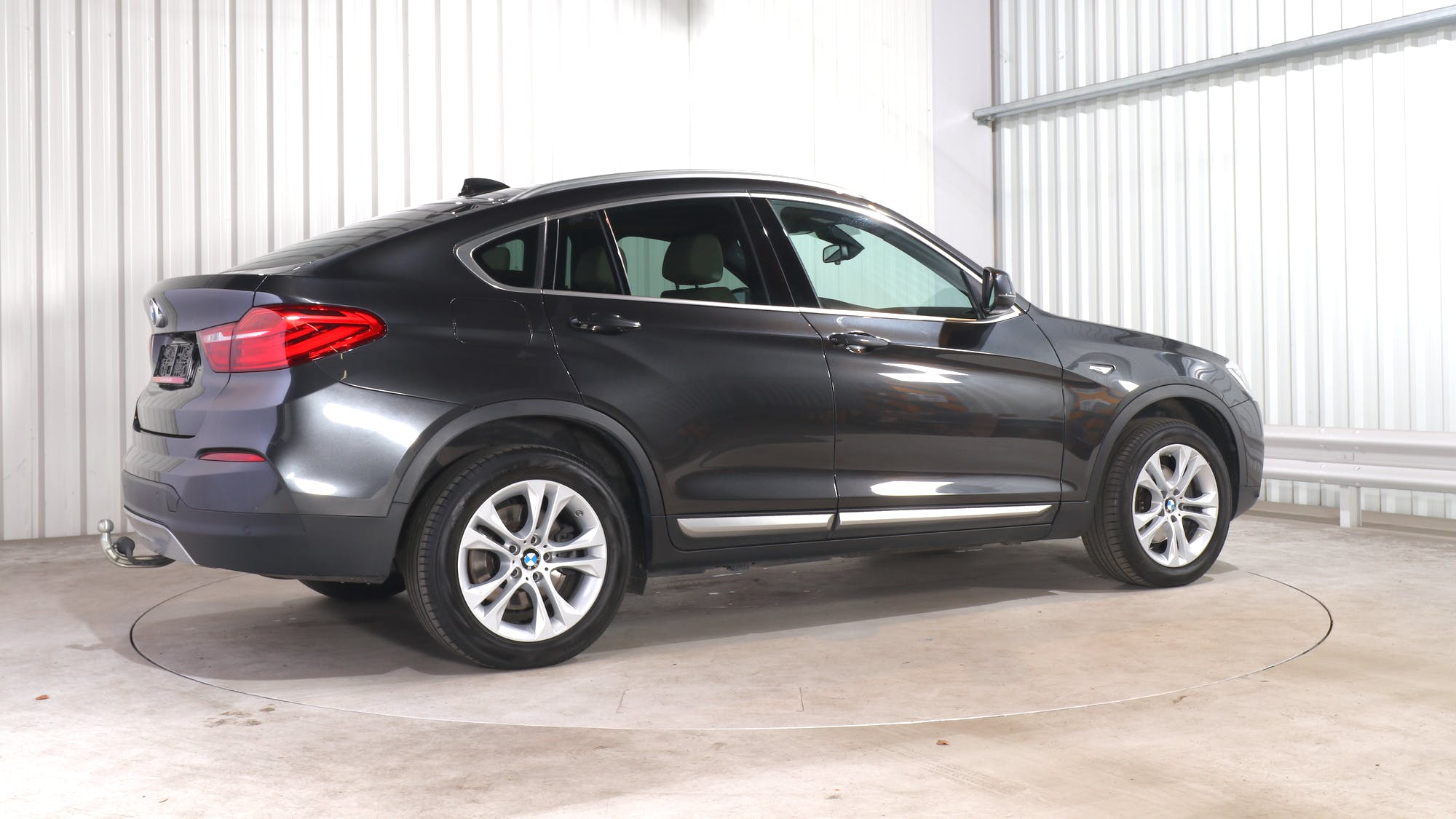 BMW X4 leasing exterior 7
