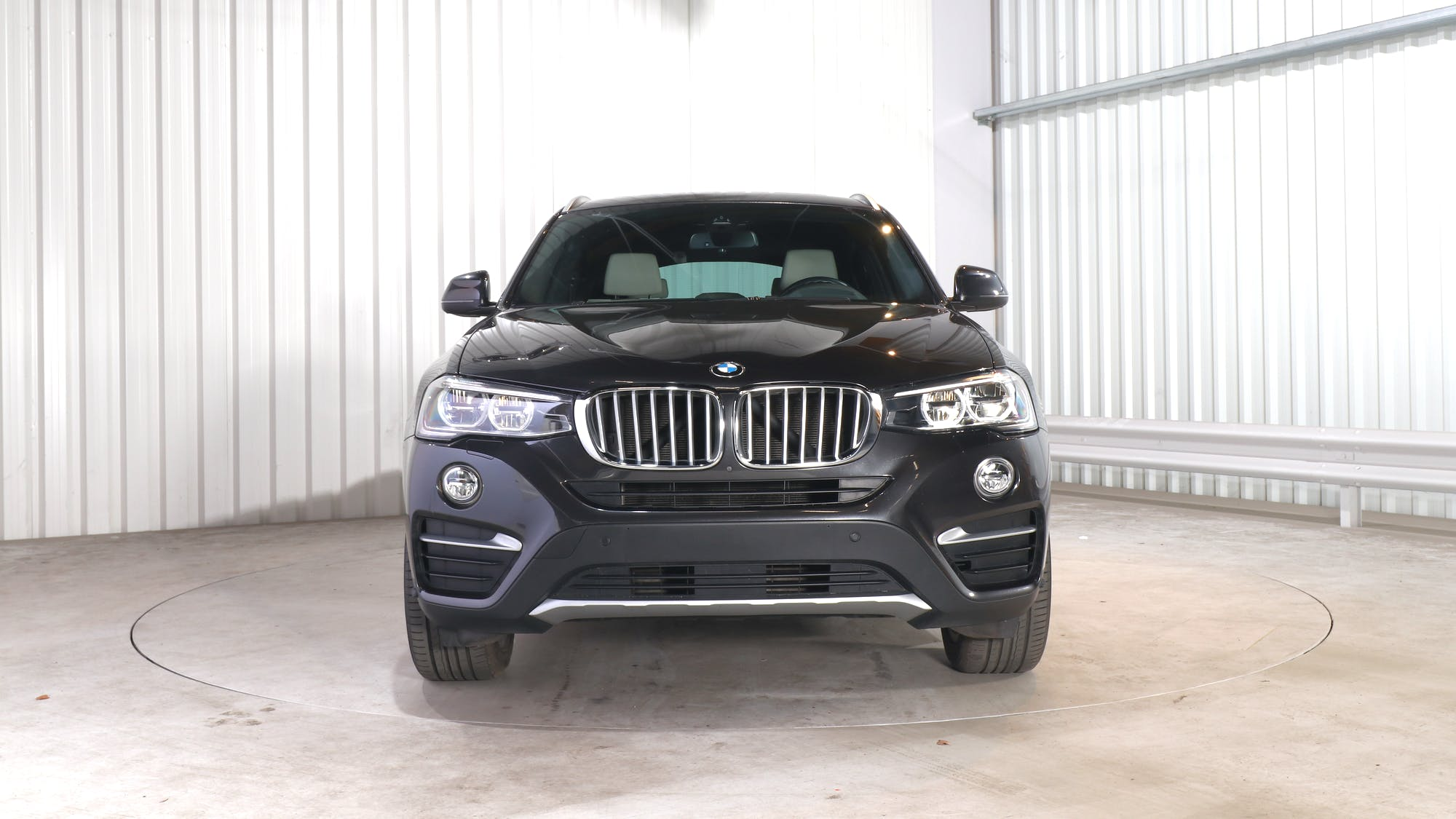BMW X4 leasing exterior 11