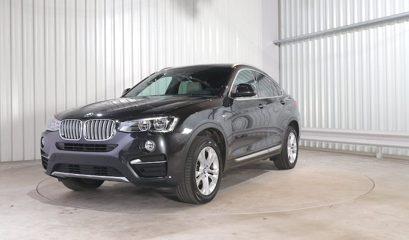 lease BMW X4 EXTERIOR_240