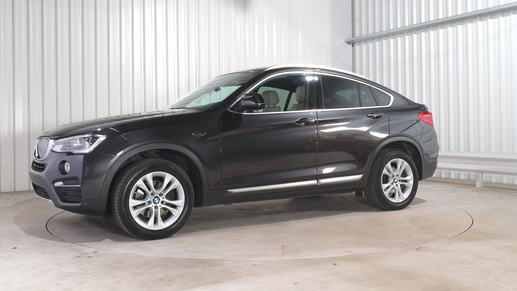 BMW X4 leasing exterior 1