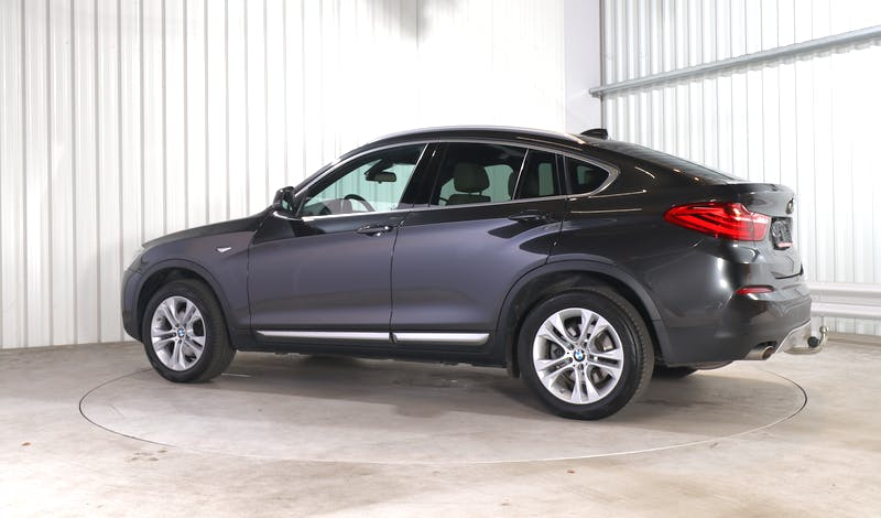 lease BMW X4 EXTERIOR_330