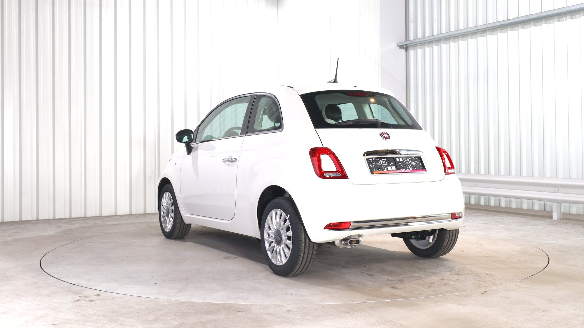 FIAT 500 leasing exterior 4