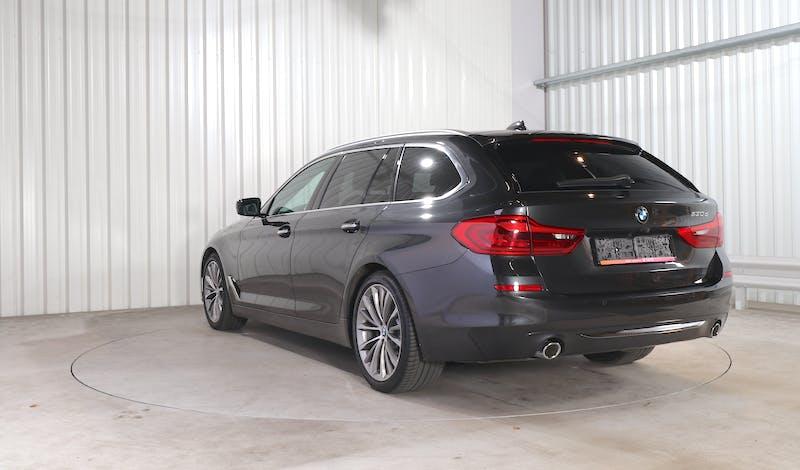 lease BMW 5 TOURING EXTERIOR_000