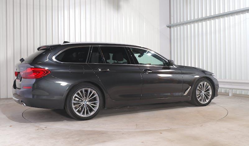 lease BMW 5 TOURING EXTERIOR_090
