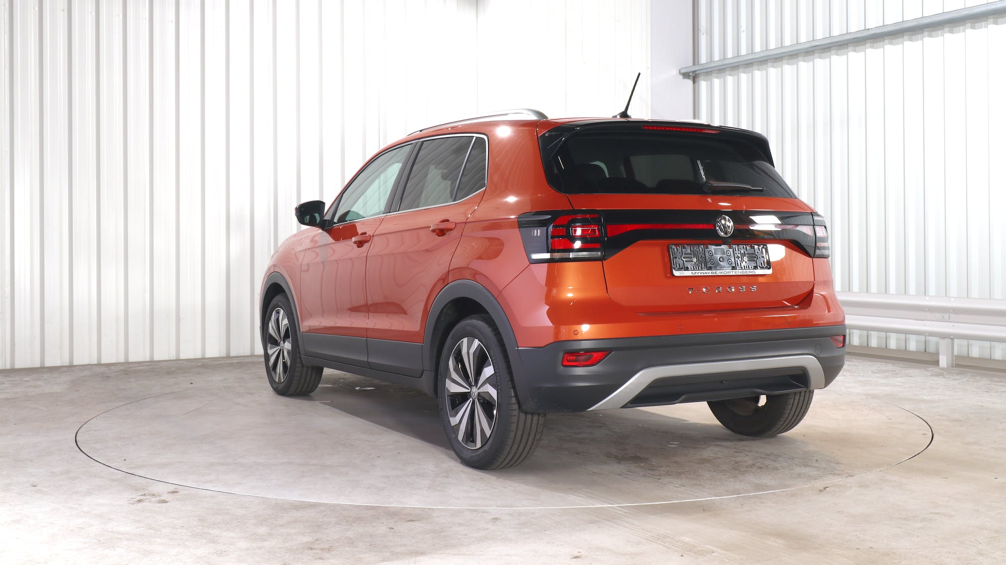 VOLKSWAGEN T-CROSS leasing exterior 4