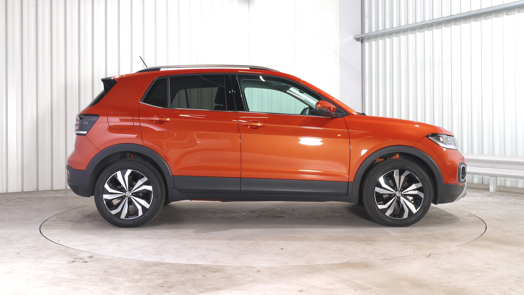 VOLKSWAGEN T-CROSS leasing exterior 8