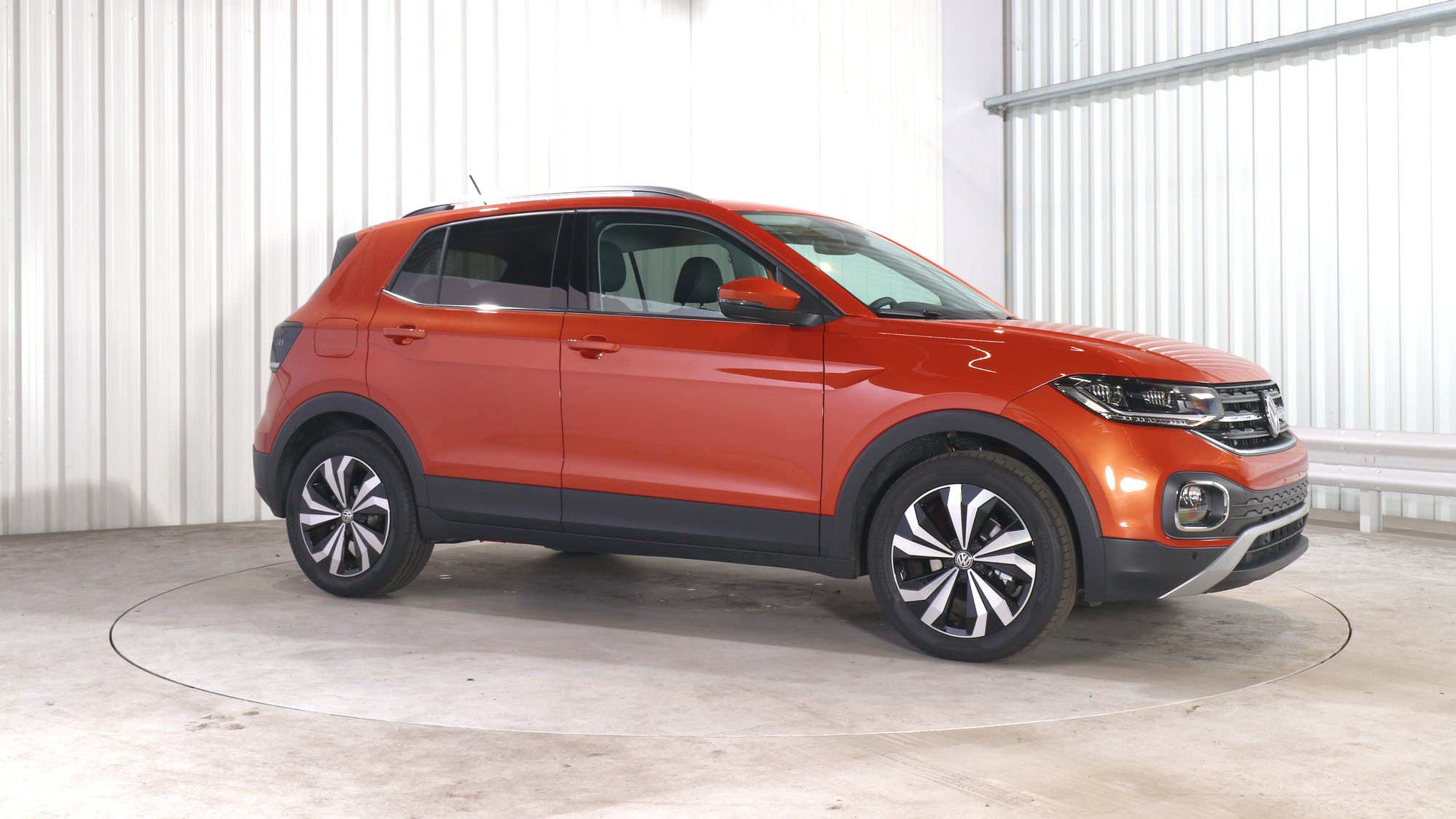 VOLKSWAGEN T-CROSS leasing exterior 9