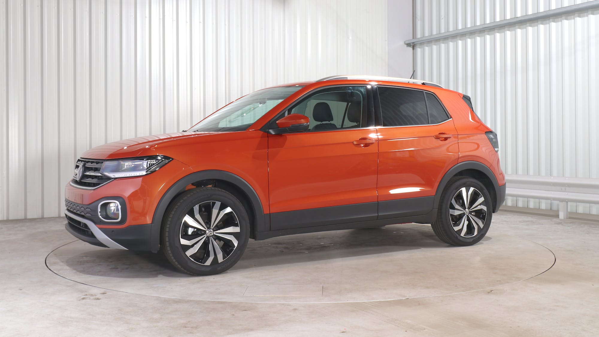 VOLKSWAGEN T-CROSS leasing exterior 1