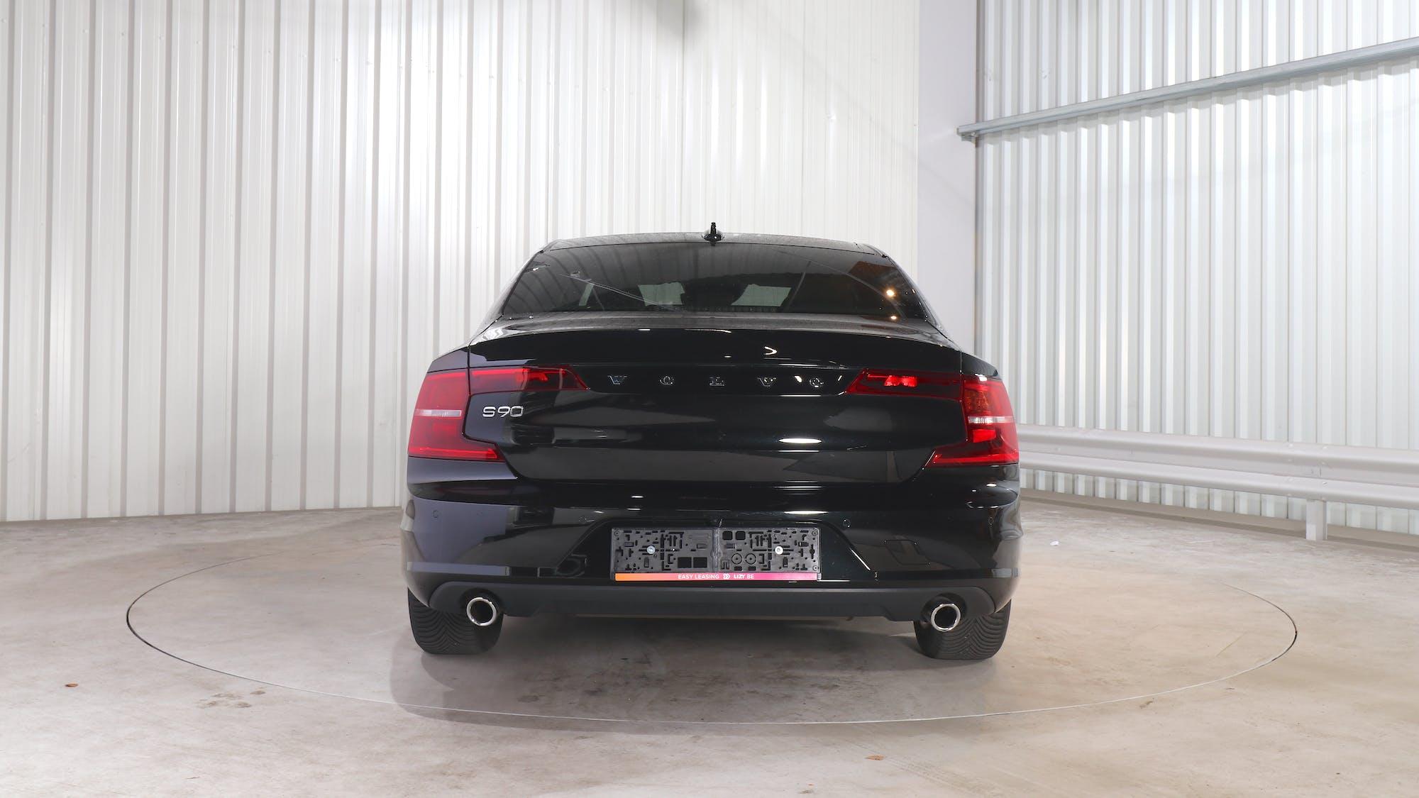 VOLVO S90 leasing exterior 5