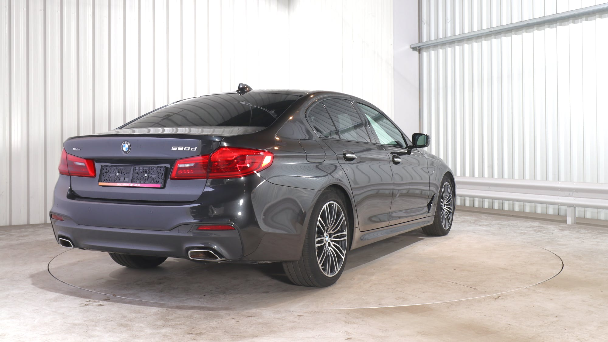 BMW 5 (G30) leasing exterior 6