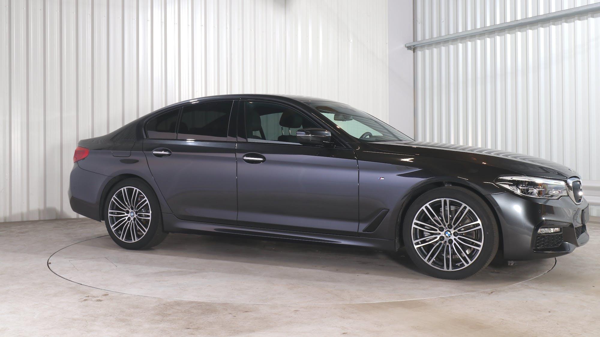 BMW 5 (G30) leasing exterior 9