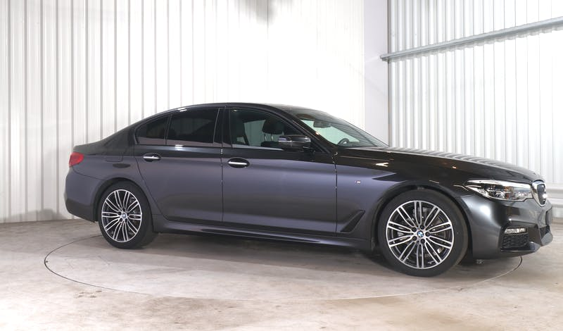 lease BMW 5 (G30) EXTERIOR_150