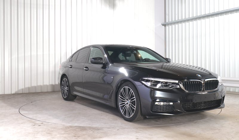 lease BMW 5 (G30) EXTERIOR_180