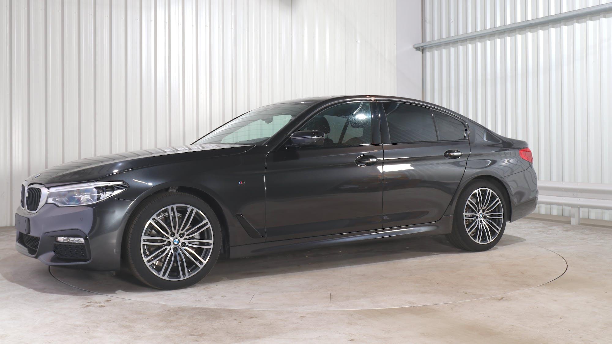BMW 5 (G30) leasing exterior 1