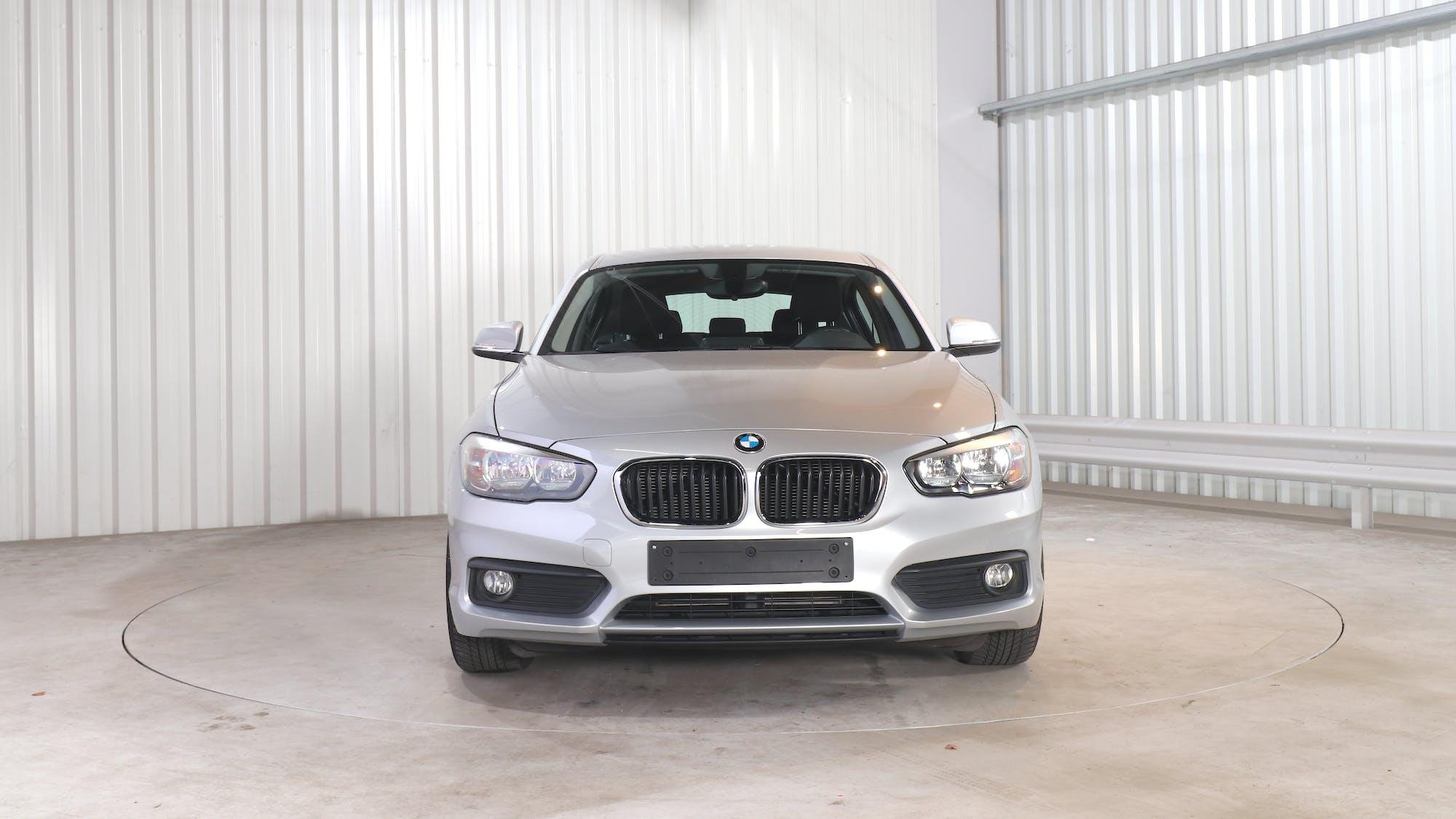 BMW 1 HATCH leasing exterior 11