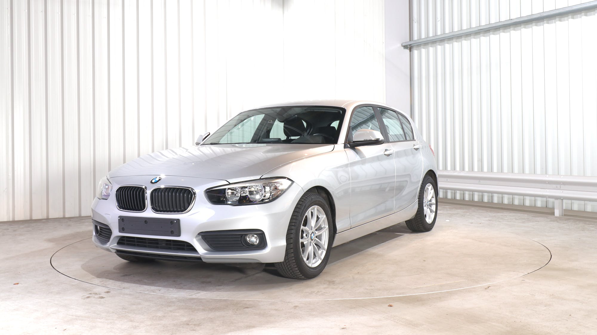 BMW 1 HATCH leasing exterior 0
