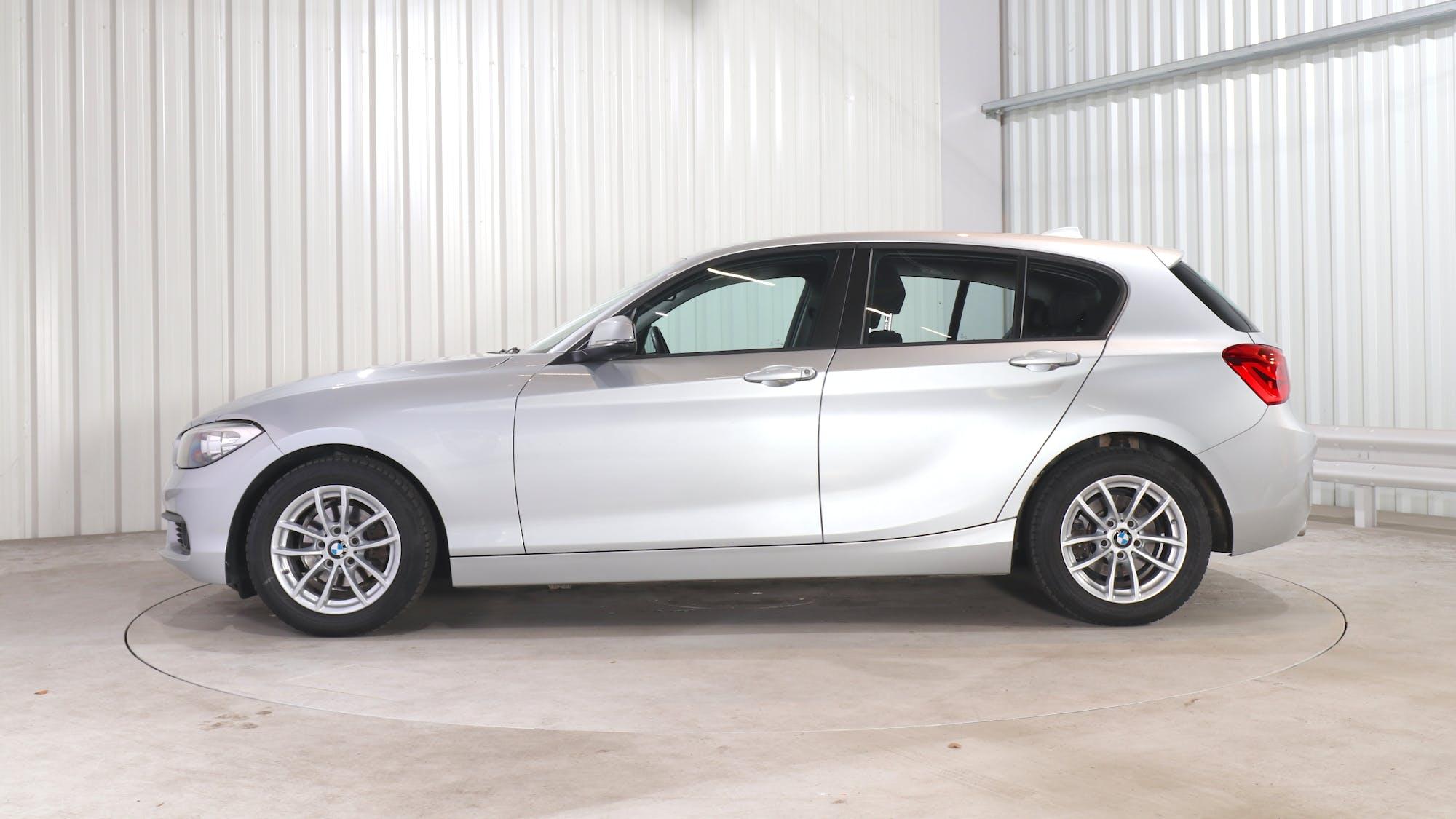 BMW 1 HATCH leasing exterior 2
