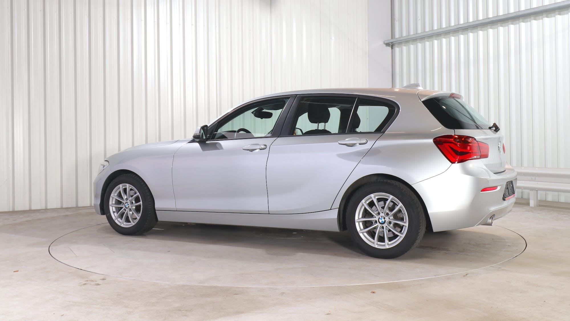 BMW 1 HATCH leasing exterior 3